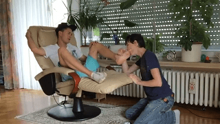 Toe sucking feet fetish twink bbc
